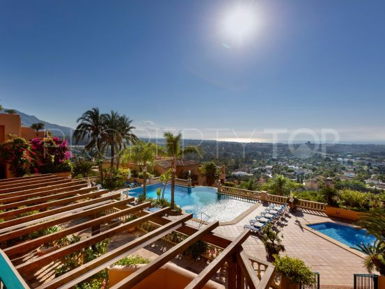 For sale duplex penthouse in Los Belvederes with 3 bedrooms | Nevado Realty Marbella