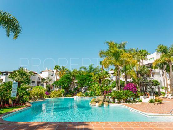 Buy apartment in Marina de Puente Romano with 3 bedrooms | Crown Estates Marbella