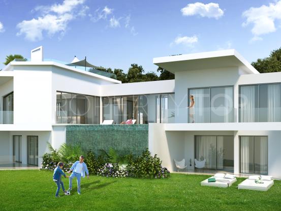 For sale La Montua villa with 4 bedrooms | Crown Estates Marbella