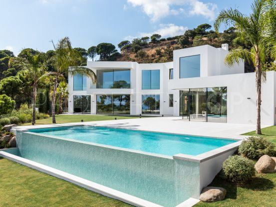5 bedrooms El Madroñal villa for sale | Crown Estates Marbella