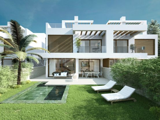 4 bedrooms Cabopino villa for sale | Crown Estates Marbella