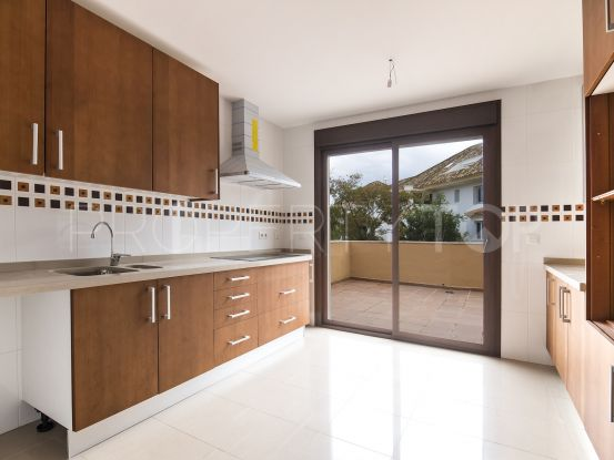 Penthouse for sale in Marbella Golden Mile with 4 bedrooms | Crown Estates Marbella