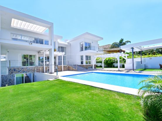 For sale villa with 6 bedrooms in Nueva Andalucia, Marbella | Crown Estates Marbella