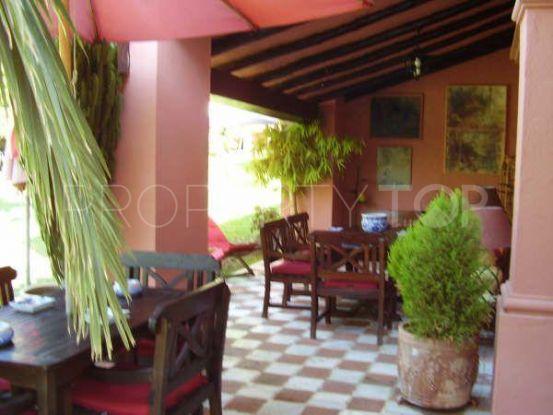 For sale villa in Guadalmina Alta with 5 bedrooms   Villa & Gest