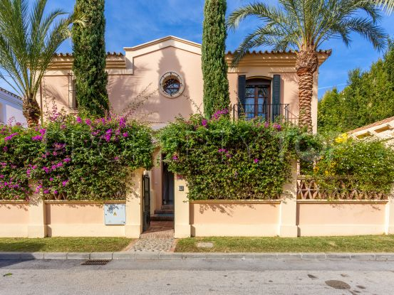 Buy villa with 5 bedrooms in Guadalmina Alta, San Pedro de Alcantara | Villa & Gest