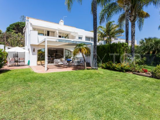 Town house for sale in Guadalmina Baja | Villa & Gest