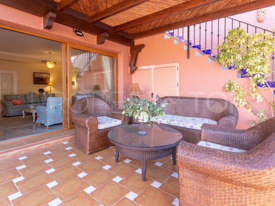 For sale duplex penthouse with 4 bedrooms in Alhambra del Golf, Estepona   Villa & Gest