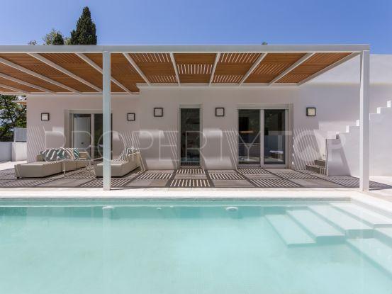 For sale villa with 4 bedrooms in Guadalmina Baja, San Pedro de Alcantara   Villa & Gest