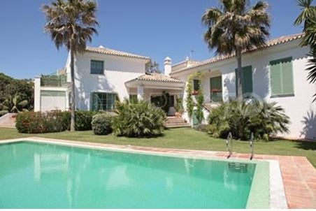 Villa for sale in Guadalmina Baja   Villa & Gest