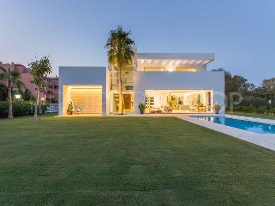 Villa in Guadalmina Baja with 4 bedrooms   Villa & Gest
