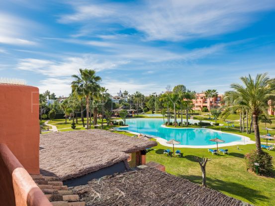 For sale Alhambra del Golf penthouse with 4 bedrooms | Villa & Gest