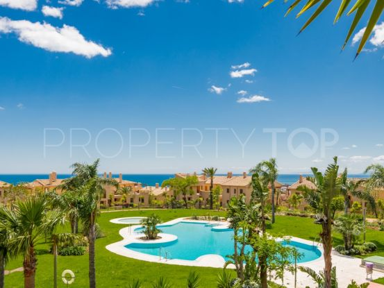 For sale penthouse with 2 bedrooms in Benahavis | Villa & Gest