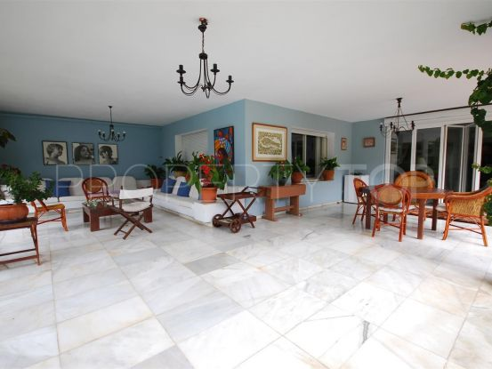 For sale Guadalmina Baja villa with 5 bedrooms | Villa & Gest