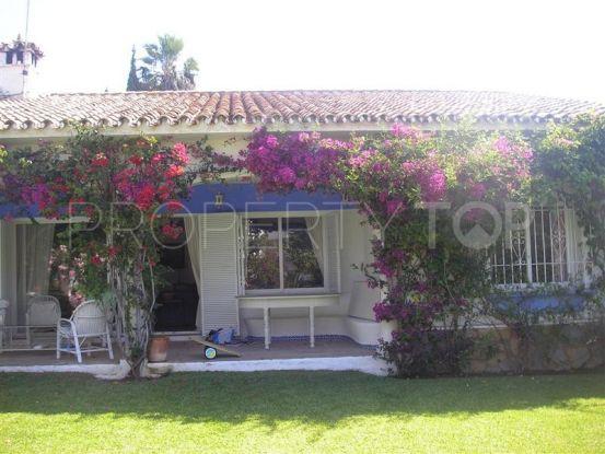Guadalmina Alta, San Pedro de Alcantara, villa en venta | Villa & Gest