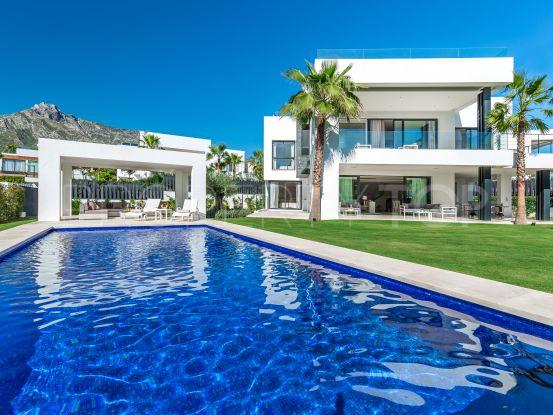 5 bedrooms villa for sale in Altos de Puente Romano, Marbella Golden Mile   DM Properties