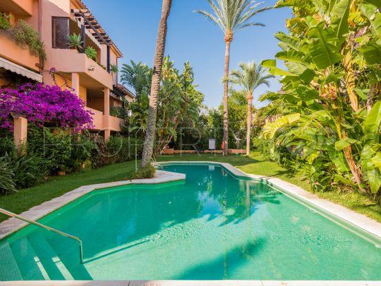 For sale triplex in Las Lomas del Marbella Club with 4 bedrooms | DM Properties