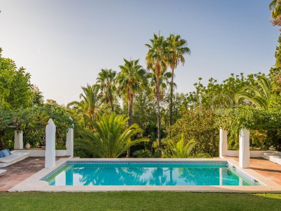 For sale villa with 6 bedrooms in Marbella Hill Club, Marbella Golden Mile   DM Properties