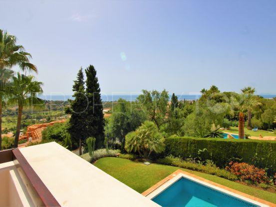 Se vende villa de 4 dormitorios en Paraiso Alto, Benahavis | DM Properties