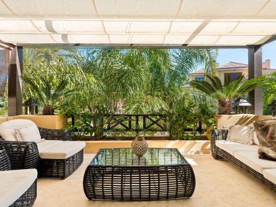 Duplex penthouse in Bahia de Banus with 3 bedrooms | DM Properties