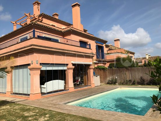 For sale semi detached villa with 5 bedrooms in El Casar Floresta, Sotogrande | John Medina Real Estate