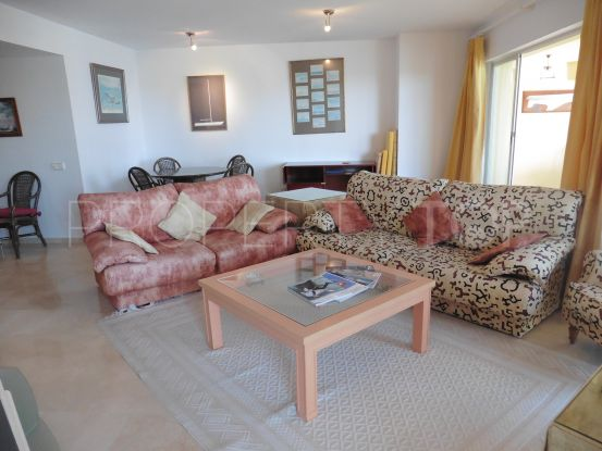 For sale 3 bedrooms apartment in Sotogrande Puerto Deportivo | John Medina Real Estate