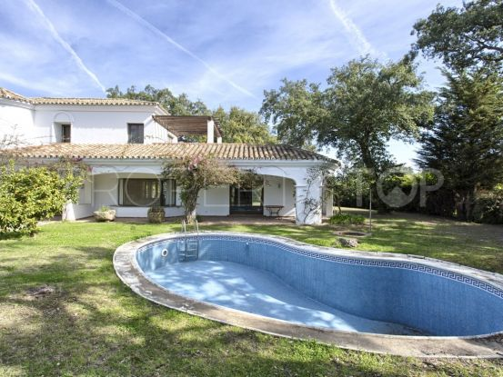 For sale 6 bedrooms villa in San Roque Golf | John Medina Real Estate