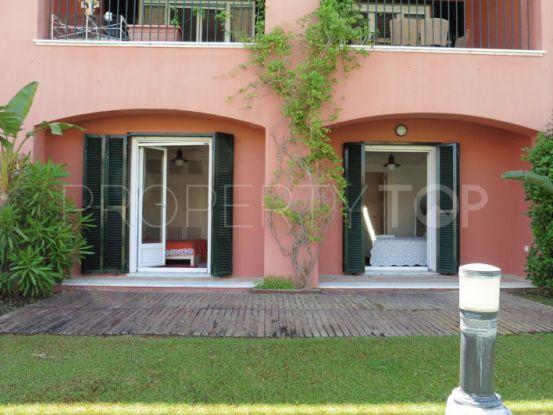 For sale ground floor duplex with 2 bedrooms in Ribera del Delfin, Sotogrande | John Medina Real Estate