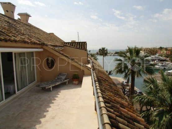Penthouse for sale in Sotogrande Puerto Deportivo with 2 bedrooms | John Medina Real Estate