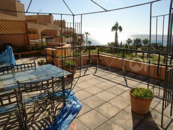 For sale penthouse with 2 bedrooms in Sotogrande Playa | John Medina Real Estate