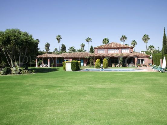 Villa en Sotogrande Costa | John Medina Real Estate
