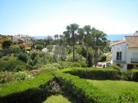 For sale 3 bedrooms town house in Alcaidesa Costa | Peninsula Properties