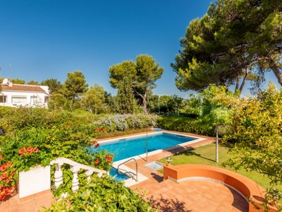 For sale villa in Sotogrande Costa with 5 bedrooms | Peninsula Properties