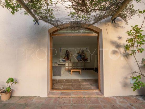 For sale villa in Sotogrande Alto Central with 5 bedrooms | Peninsula Properties