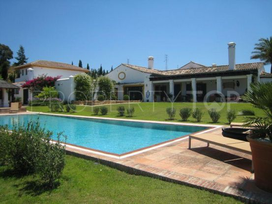 Finca for sale in San Martin del Tesorillo with 8 bedrooms | Peninsula Properties