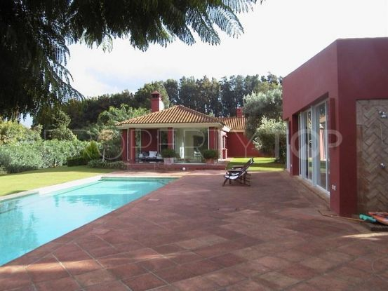 For sale Sotogrande Bajo villa with 4 bedrooms | Peninsula Properties