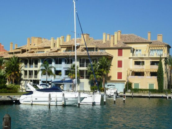 Buy apartment in Marina de Sotogrande | Savills Sotogrande
