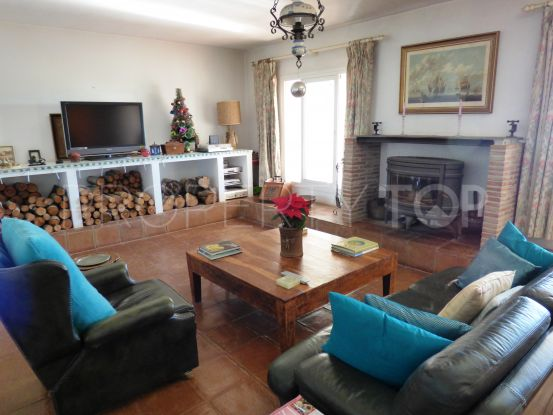4 bedrooms country house in San Enrique de Guadiaro for sale | Savills Sotogrande