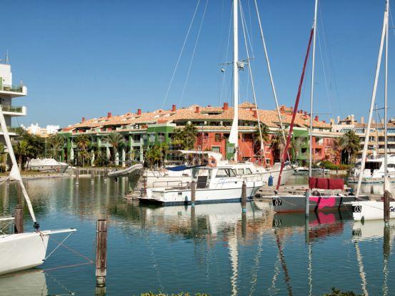 Penthouse in Marina de Sotogrande with 3 bedrooms | Savills Sotogrande