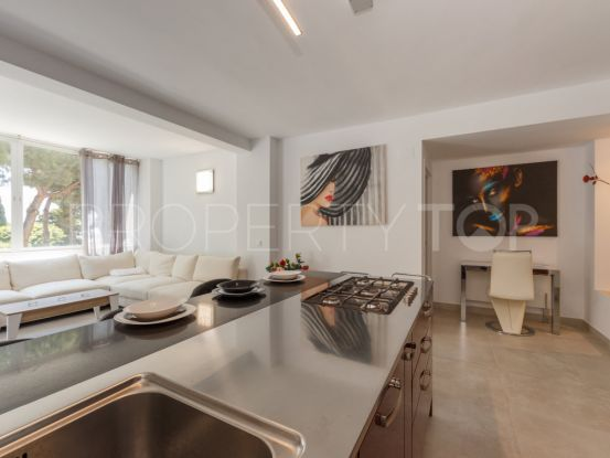 For sale 3 bedrooms apartment in Elviria Playa | Gilmar Marbella Golden Mile