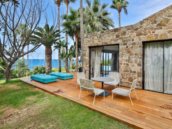For sale unique building with 6 bedrooms in Tarifa | KS Sotheby's International Realty