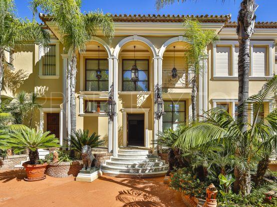 Cascada de Camojan, Marbella Golden Mile, villa en venta de 5 dormitorios   KS Sotheby's International Realty