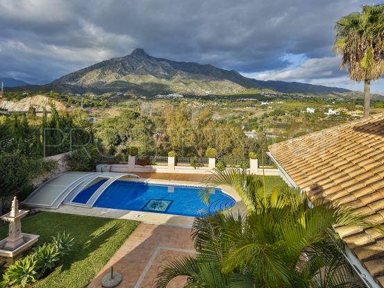 Villa con 4 dormitorios a la venta en Las Lomas del Marbella Club | KS Sotheby's International Realty