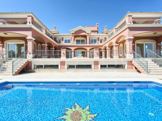 Villa for sale in Los Arqueros with 9 bedrooms | KS Sotheby's International Realty
