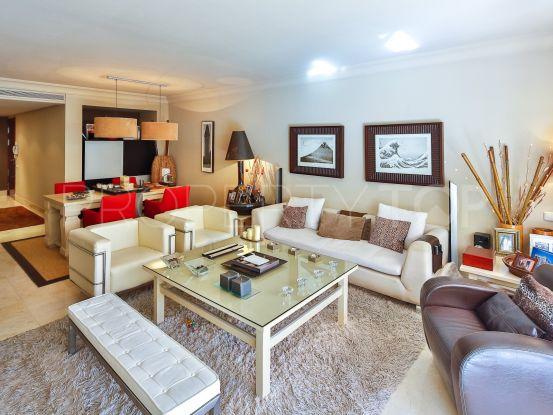 3 bedrooms Rio Real apartment | KS Sotheby's International Realty