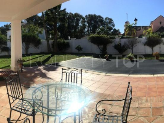 Villa in La Duquesa with 4 bedrooms | Crownleaf Estates