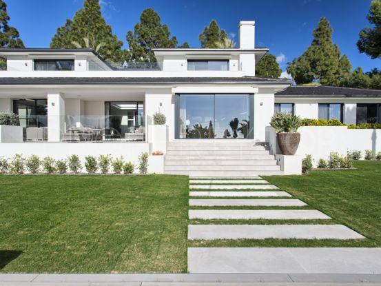 For sale villa in Hacienda las Chapas with 5 bedrooms | Terra Meridiana
