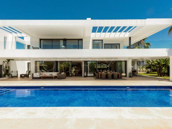 Comprar villa de 5 dormitorios en Altos de Puente Romano   Terra Meridiana