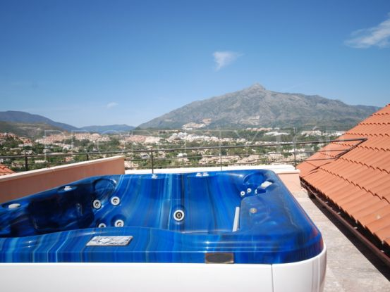 3 bedrooms penthouse for sale in Magna Marbella, Nueva Andalucia | Terra Meridiana