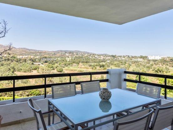 Buy apartment with 3 bedrooms in Los Monteros, Marbella East | Engel Völkers Marbella