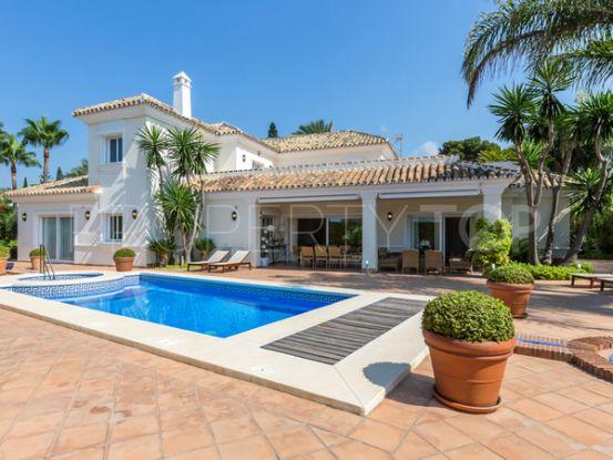Buy Los Monteros villa with 5 bedrooms | Engel Völkers Marbella